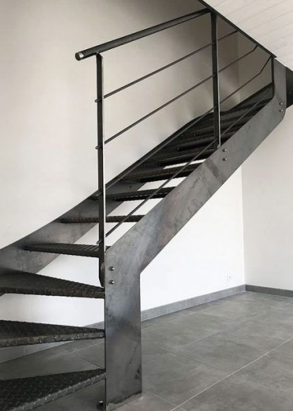 Escalier Metal Brut Style Industriel Escaliers Metal Modele