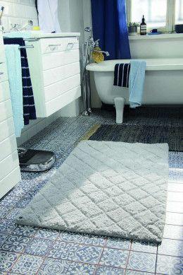 Badezimmer Teppich Cotton Pattern Diamond Weiss Von Tom Tailor Badezimmerteppich Teppich Weisser Teppich