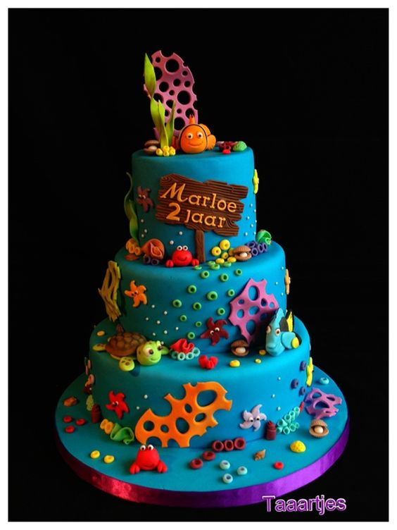Nemo Cake Decorating Kit : Nice, Birthday cakes and Deep blue on Pinterest