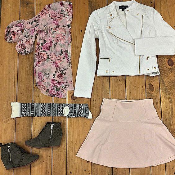 """""Mood"" @sears @searsstyle @shopyourway #fashion #style #girl #women #fall #ootd #lookbook #fashionblogger #personalstylist"""