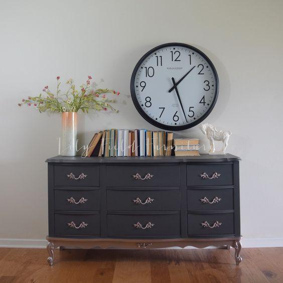 French Provincial Goes Modern Glam #DIY #furniturepaint #metallic…