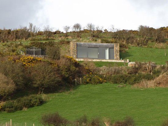 24 Eco Friendly Houses Made With Natural Materials With Images