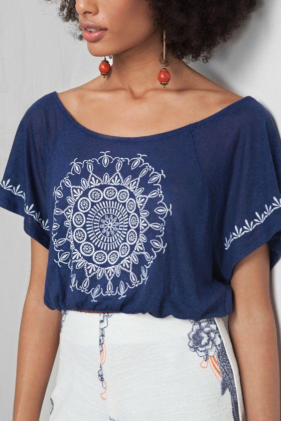 blusa cropped mandala oriente | Dress to