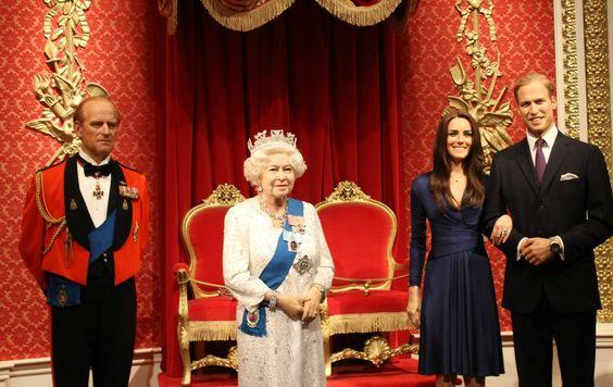 Gia đình Hoàng Gia Anh được tái hiện sống động và rất thật ở Madame Tussauds