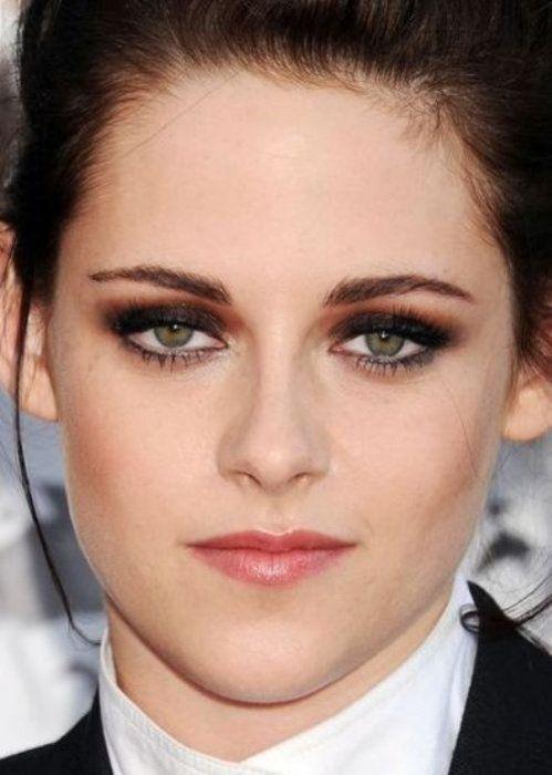 20 Best Celebrity Makeup Ideas For Green Eyes Makeup Looks For Green Eyes Celebrity Makeup Green Eyes