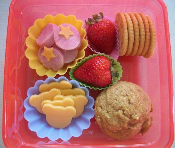 Kid Lunch Ideas - make 'em look cute & fun!