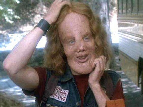 Qui a interprété Rocky Dennis dans Mask de Peter Bogdanovich en 1985? Eric Stoltz