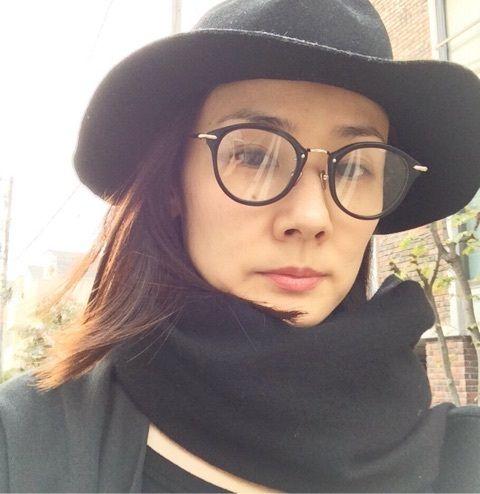 メガネをかけた吉田羊