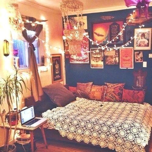 Retro Style Bedroom Ideas Hippie Bedroom Decorating Ideas Home Decor Hippie Vintage Bedroom Indie Bed Retro Bedroom Vintage Cozy House Chic Dorm Room Hippie style bedroom ideas