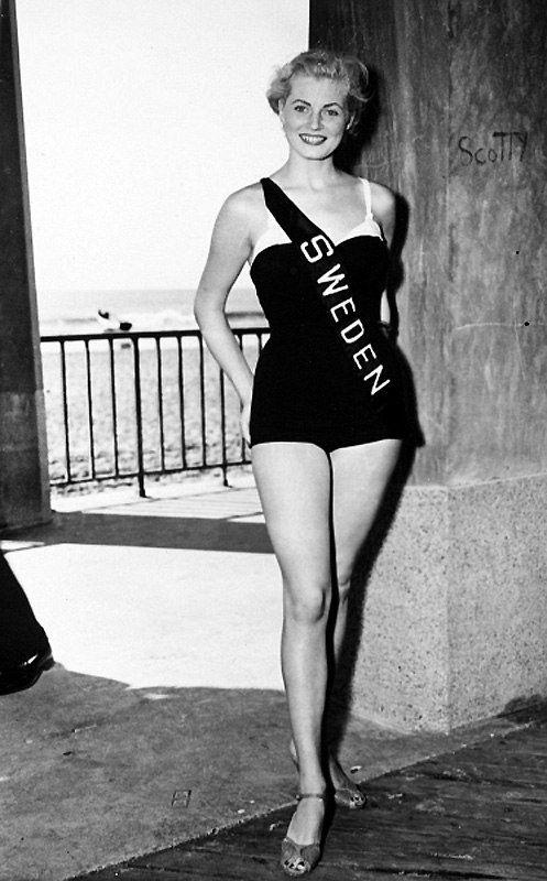 gatabella:  20-year-old Anita Ekberg as Miss Sweden in 1951