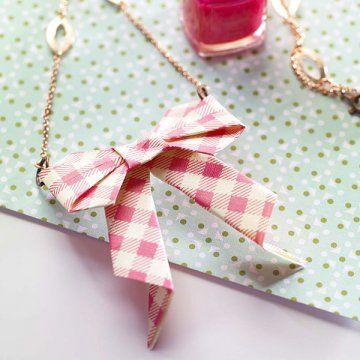 DIY: un collier noeud en origami - Marie Claire Idées: