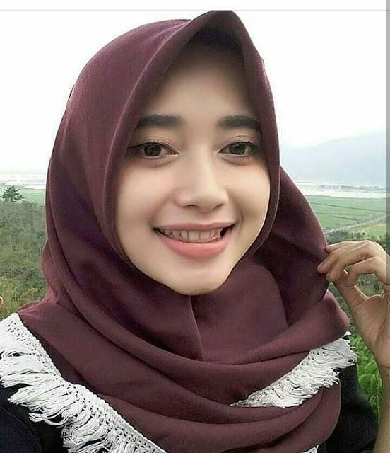 Mahasiswi Berhijab Cantik Kuliah Pontianak Hijaber Blog Beautiful Hijab Beautiful Beauty