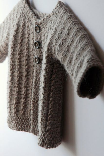 knitting pattern for a vintage inspired baby sweater Baby Knits - Free Patt...