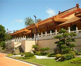 Chung Tian Temple was constructed using traditional Chinese architecture in 1992. Surrounded by nature, the Temple provides a peaceful and culturally beautiful venue for the community to celebrate their multicultural diversity and multi-faith harmony through Humanistic Buddhism.