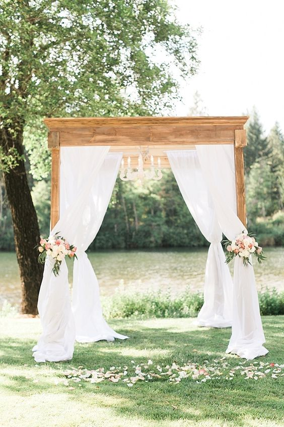 Photography : Olivia Leigh Photography Read More on SMP: http://www.stylemepretty.com/oregon-weddings/cave-junction/2015/12/22/romantic-gold-blush-riverside-wedding/: