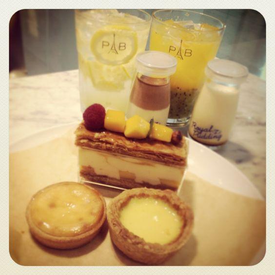 @K HUNG LEUNG Atria - Paris Baguette Cafe, Singapore