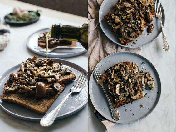 Toast met paddenstoelen (De Groene Meisjes)