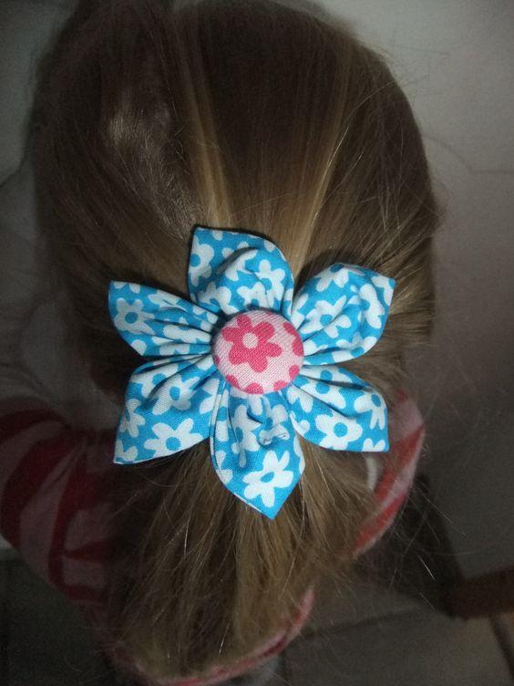 handmade Haargummi Blume