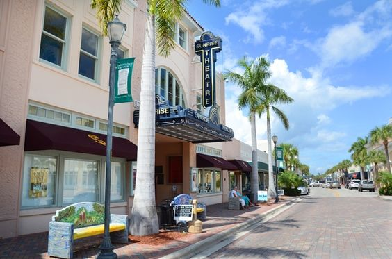 Quaint Downtowns on the Treasure Coast #Florida #Travel