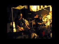 今日のライヴ第199回10/11 2010年8月16日 うずまき兄弟 live in 西荻窪terra   高橋マコトさまのFBhttp://ift.tt/1Wo9V1j 高橋マコトのギタリスト通信http://ift.tt/2983aeZ  #音楽 #ギター #ライヴ  #高橋マコト  http://ift.tt/2bJkY15