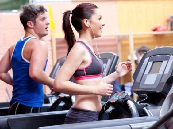 Voici un programme complet avec entraînement et régime pour perdre votre graisse. Ce programme comprend un régime alimentaire complet, un calendrier détail