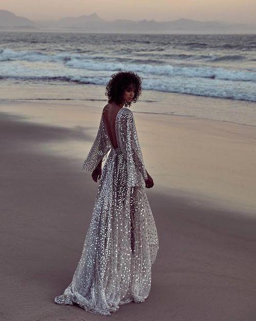 Vote pour ta robe glamour préférée 👰 2