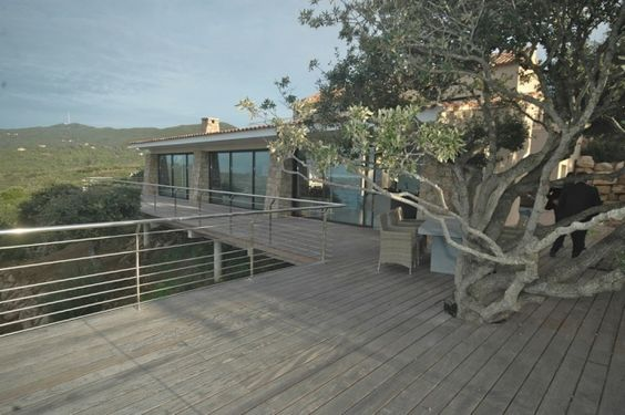 Location villa de prestige dans la baie d'Ajaccio, 20138 Coti-Chiavari (2A Corse-du-Sud)