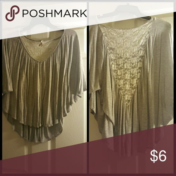Shaw top Vneck front, lace back Tops Crop Tops