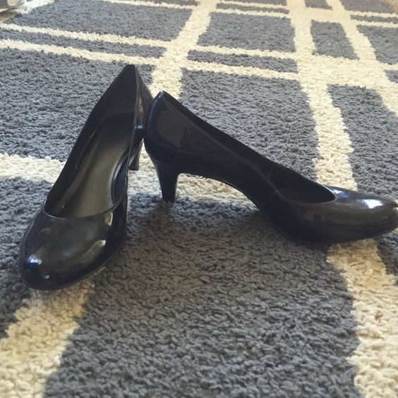 Nine West Patent Leather Kitten Heels Worn condition. A few scuff marks, but still have lots of life. Pictures indicate marks. Low heels than are perfect for a job that requires a lot of standing. Nine West Shoes Heels