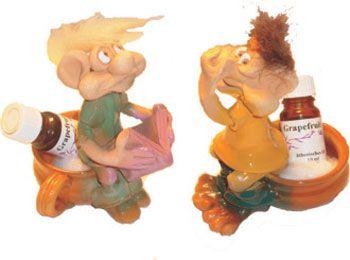 Toilettenwächter-Sie und Er  Trollpaar sitzt auf Topf und wacht über den Duft in Bad und WC