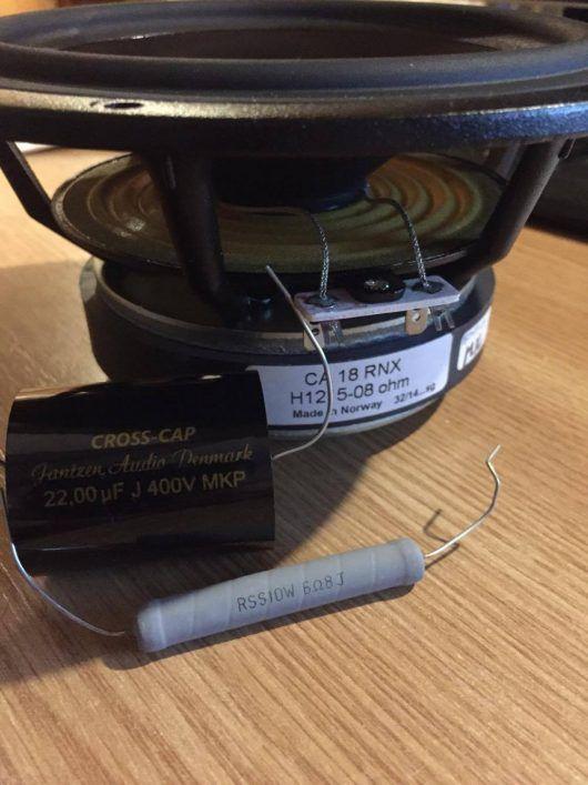 capacitor resistor speaker   Diy speakers, Networking, Circuit   Speaker Capacitor Wiring      Pinterest
