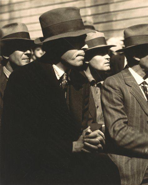Dorothea Lange, San Francisco Waterfront Strike, 1934