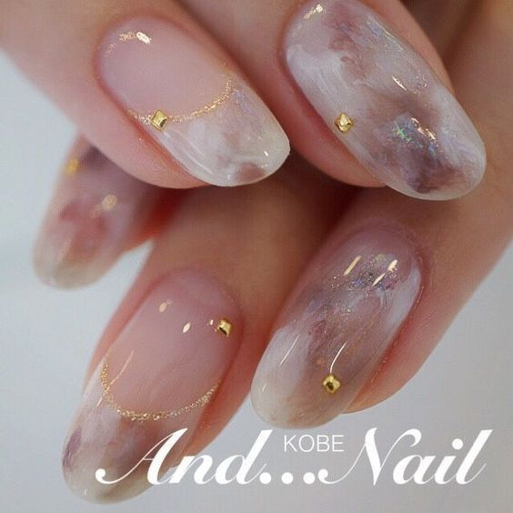30 Bernstein Nail Art Ideas In Autumn Koees Blog 30 Bernstein Nail Ar In 2020 Water Nails Oval Nails Marble Nail Designs