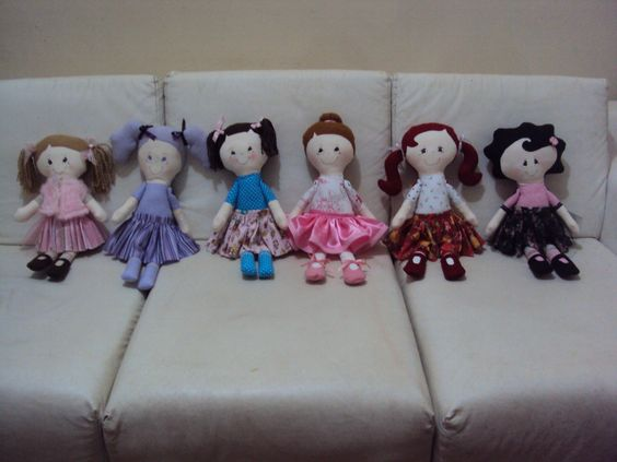 Mais bonecas!! Face Renata Deichsel www.saldaterrapatchwork.blogspot.com
