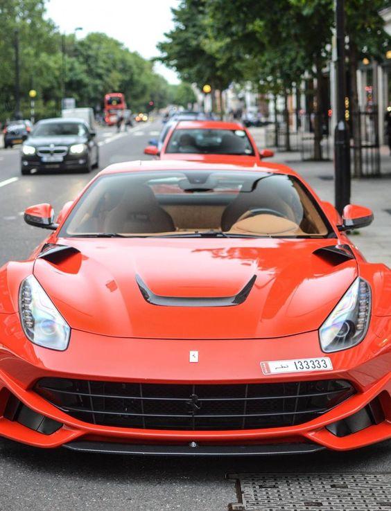 Ferrari F12 N-Largo