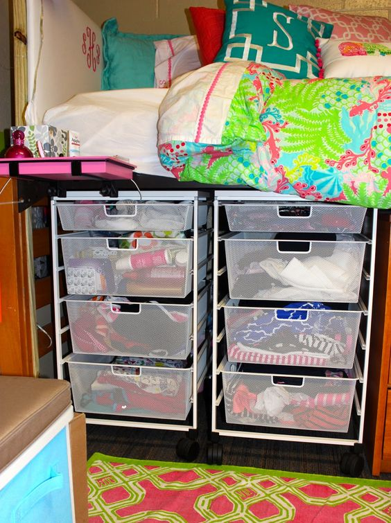 Preppy, Beds and Storage on Pinterest