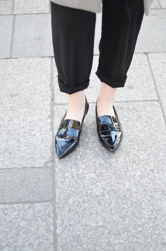 Patent leather loafers: parisian chic