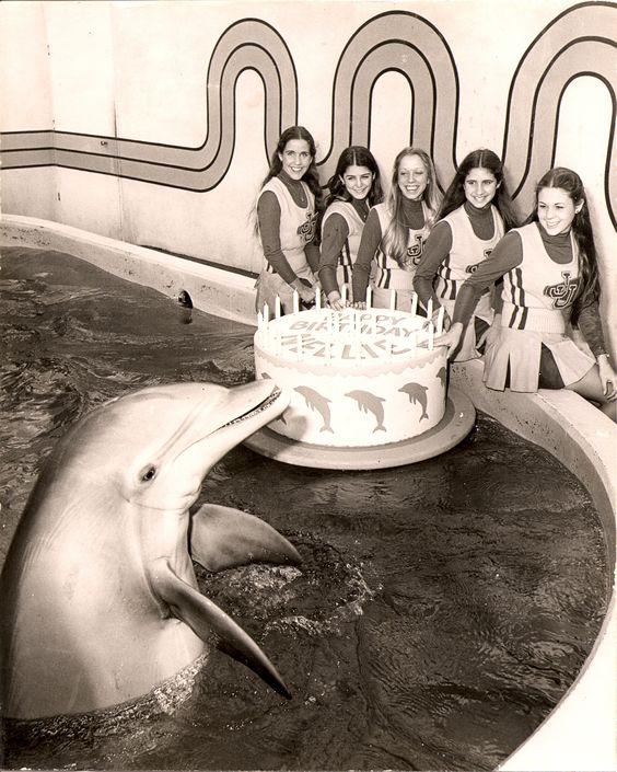 Nellie celebrates her 18th birthday at Marineland