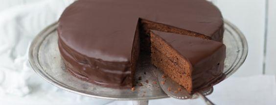 Sacher Torte - Creada en 1832, la tarta Sacher vienesa es posiblemente el más famoso pastel de chocolate del mundo. Sacher Torte - Tarta Sacher © Österreich Werbung, Wolfgang Schardt