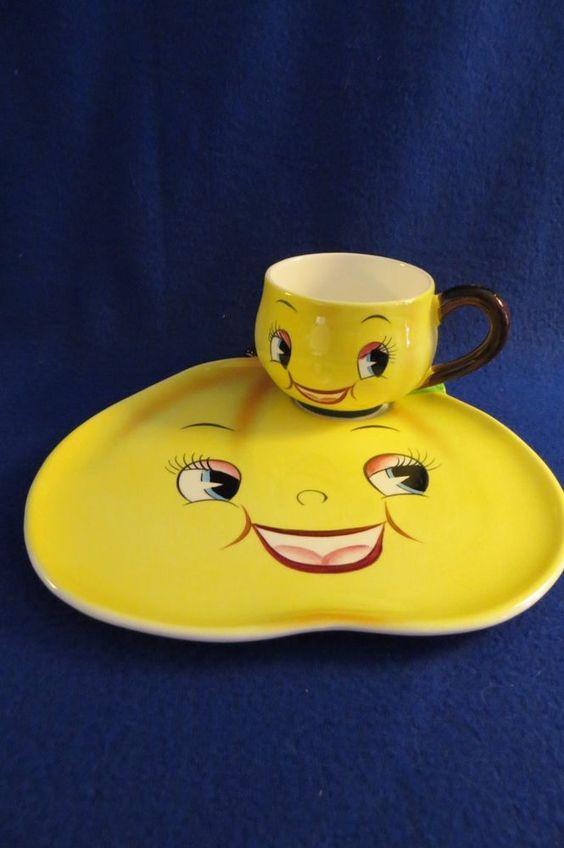 VINTAGE PY JAPAN ANTHROPOMORPHIC SMILING PEAR SNACK SET (S)