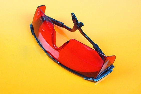 http://www.laserde.com/laserschutzbrillen-grun-532nm.html  Grüne Laserschutzbrille zum Schutz vor dem Ihrer Grün der Ihre Augen in der Medizin laser, Militär, Forschung, Bildung und industrielle Anwendungen. Sie können das ähnlich Brille oder wie Tragen Kontaktlinsen von Sein.