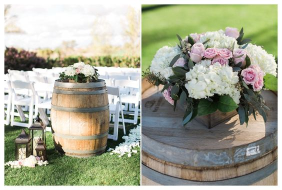 Wine barrel wedding decor, white hydrangea and blush centerpiece | Rustic Chic Wedding | Encanterra Wedding Photos | Rachel Solomon Photography Blog | Kimberly and Bobby – Encanterra Wedding | http://blog.rachel-solomon.com