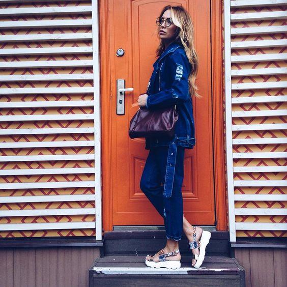 """""""Очень люблю джинсовые вещи На мне лук из шоу рума @tidbitroom ☺️"""""""