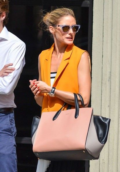 Olivia Palermo - Olivia Palermo Haning Out With A Friend In Soho