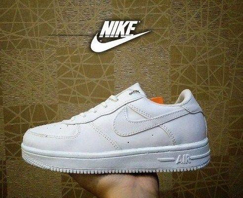 Model Sepatu Nike Warna Putih Silahkan Yang Ingin Order Bisa