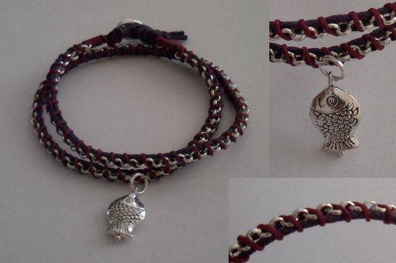 bracciale a due giri con cuoio, catena di metallo e charm - modello 2