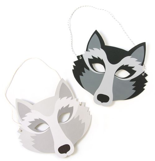 FREE printable wolf mask... another fun party favor perhaps.:
