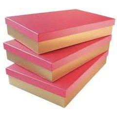 Que tal decorar sua parede com quadrinhos coloridos e diferentes? Pegue tampas de caixas de papelão de tamanhos variados,...