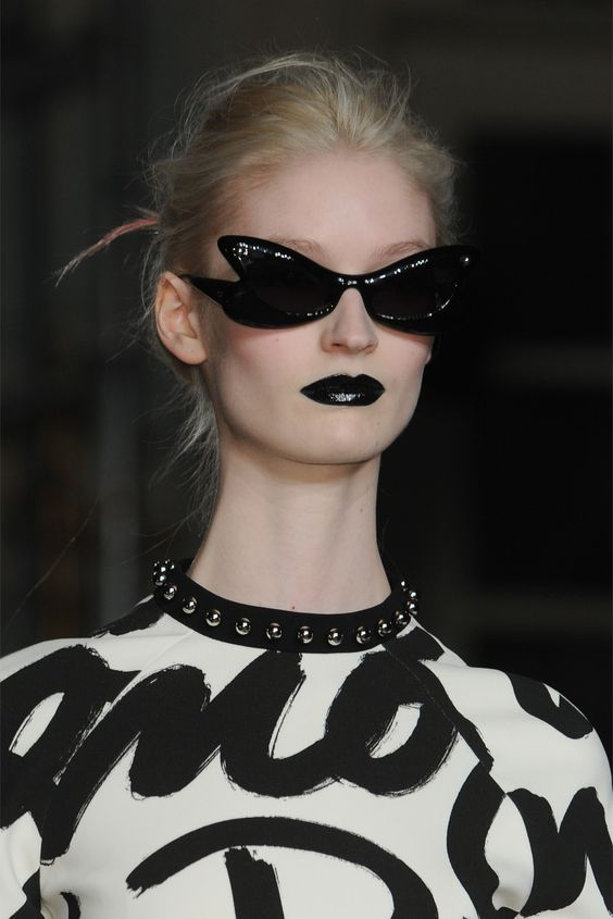 d-aisychain:  oncethingslookup:  Moschino Cheap And Chic Fall 2013 RTW  ,
