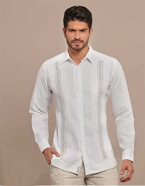 Formal Design Guayabera. Natural embroidery. Hidden Button. Handmade.